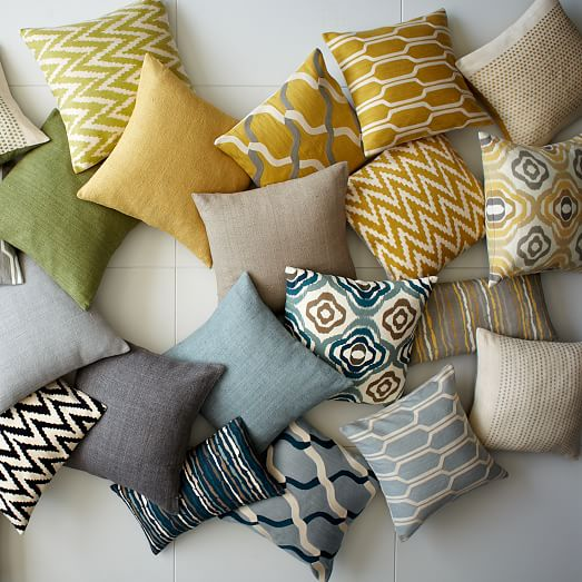 chain crewel pillow cover horseradish west elm. Black Bedroom Furniture Sets. Home Design Ideas