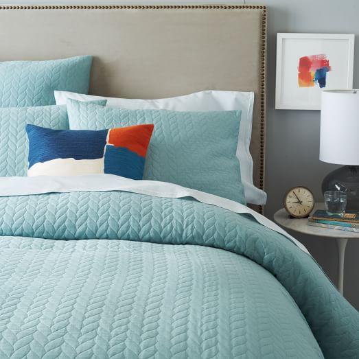 organic braided matelasse duvet cover light pool west elm. Black Bedroom Furniture Sets. Home Design Ideas