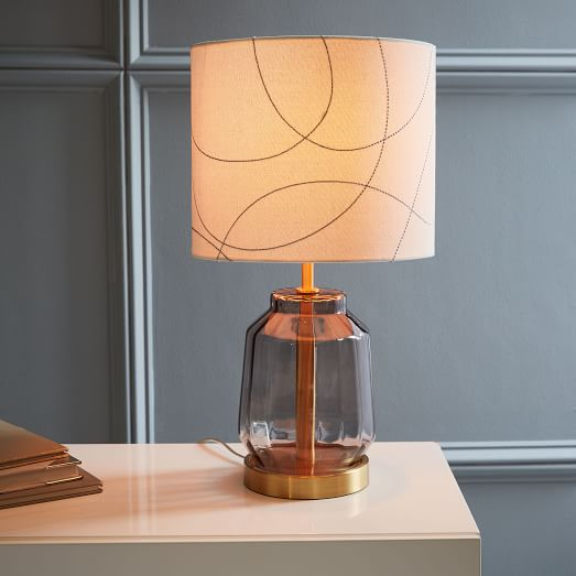 Roar Rabbit Faceted Glass Table Lamp