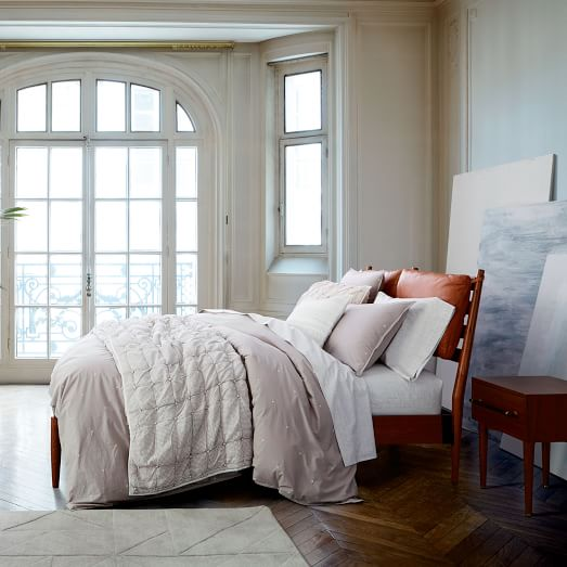 Arne bed leather cushions west elm - Bed elm massief ...