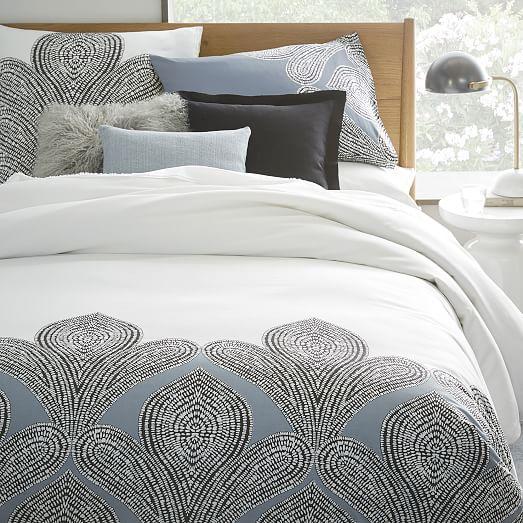 organic fleur sateen duvet cover shams west elm. Black Bedroom Furniture Sets. Home Design Ideas